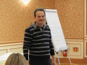 Armando Pintus durante un corso sulla Gestione delle Emozioni